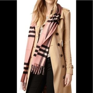 NWT Burberry giant cashmere scarf
